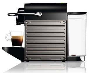 Test Nespresso Pixie capsule coffee machine